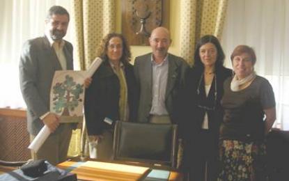 A Consellería de Educación divulgará a Candidatura do Patrimonio Inmaterial Galego-Portugués nos centros educativos